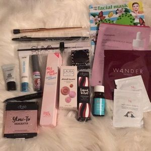 High end makeup bundle full & deluxe size 💄💄